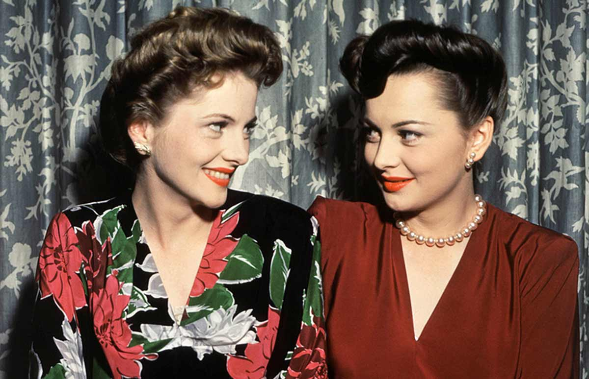 Olivia and Joan Fontaine