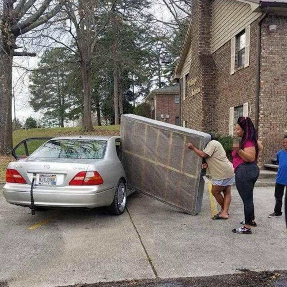 cửa xe nhỏ quá