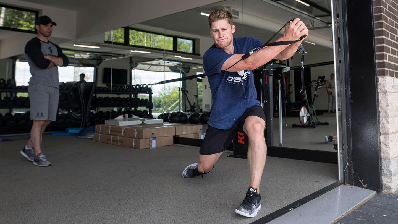 Nathan MacKinnon doing workout exercises
