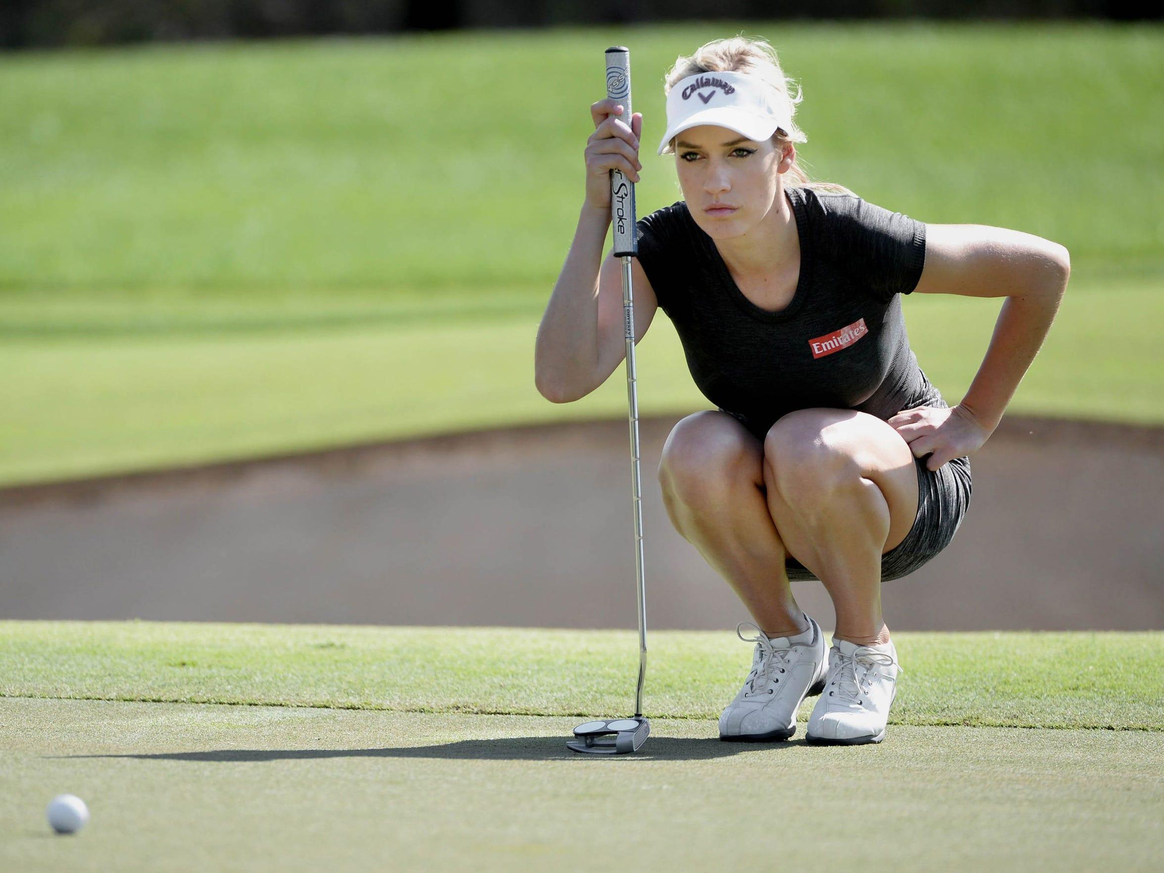 Paige Spiranac golfing