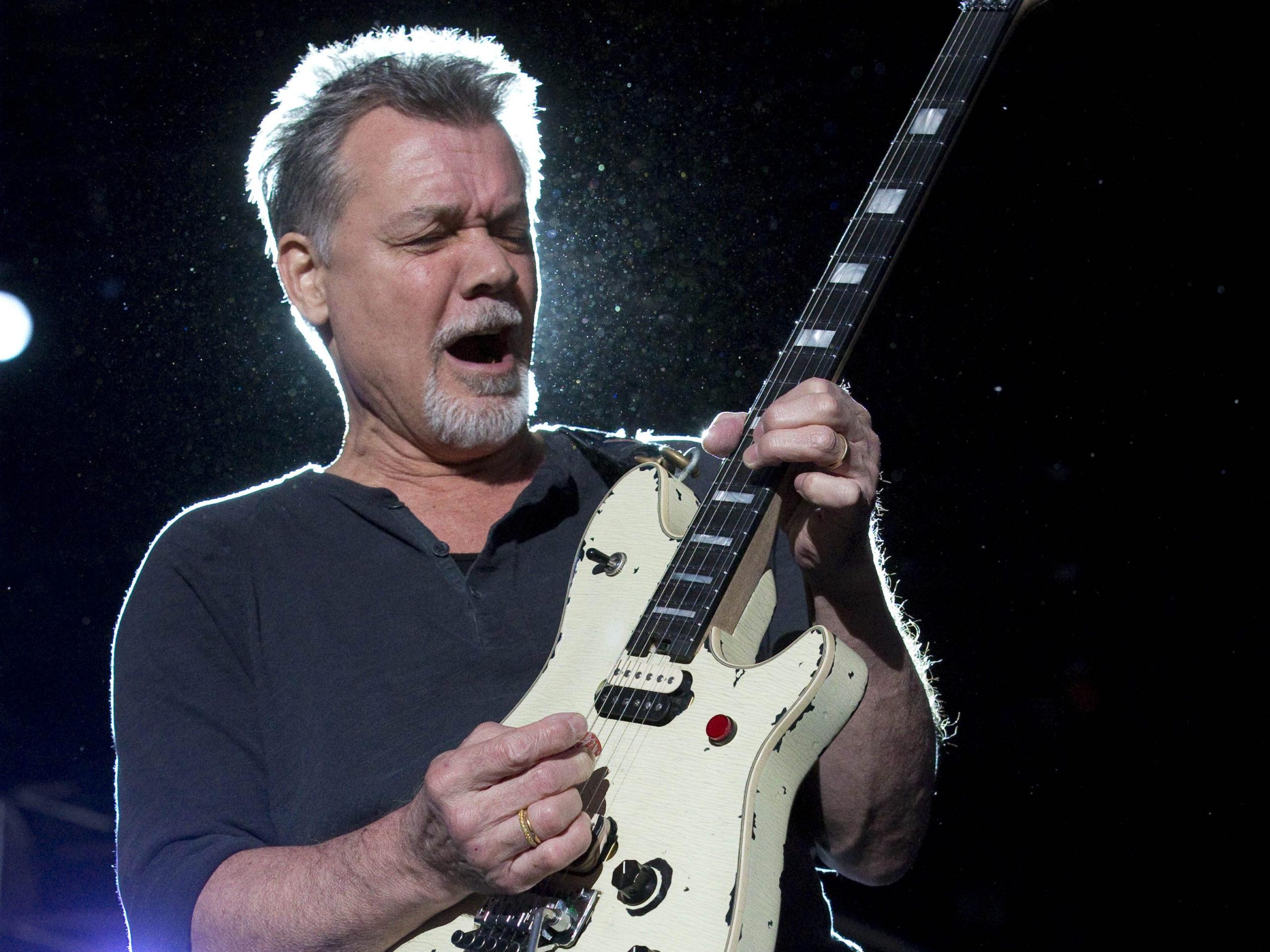 Eddie Van Halen Live on Guitar