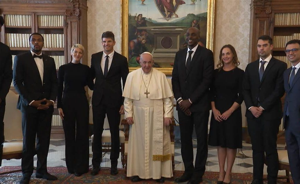 Important Meeting Between NBA Players & Officials and Pope Francis