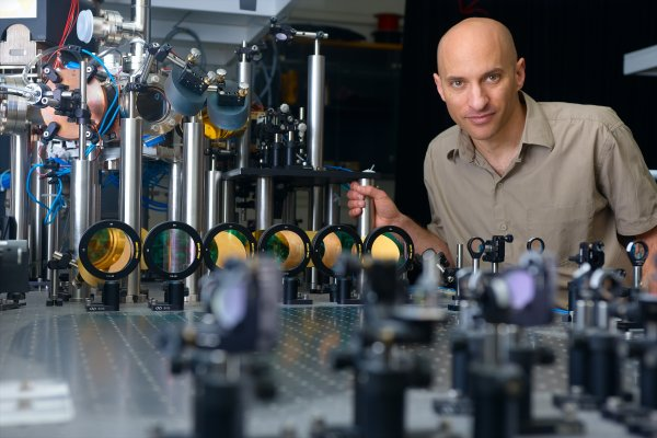 Technion's Jeff Steinhauer in his lab where he hopes to detect Hawking radiation from a system of ultracold atoms.