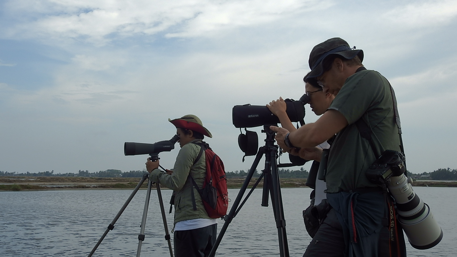 Chairunas Adha Putra and his colleagues monitoring wildlife.