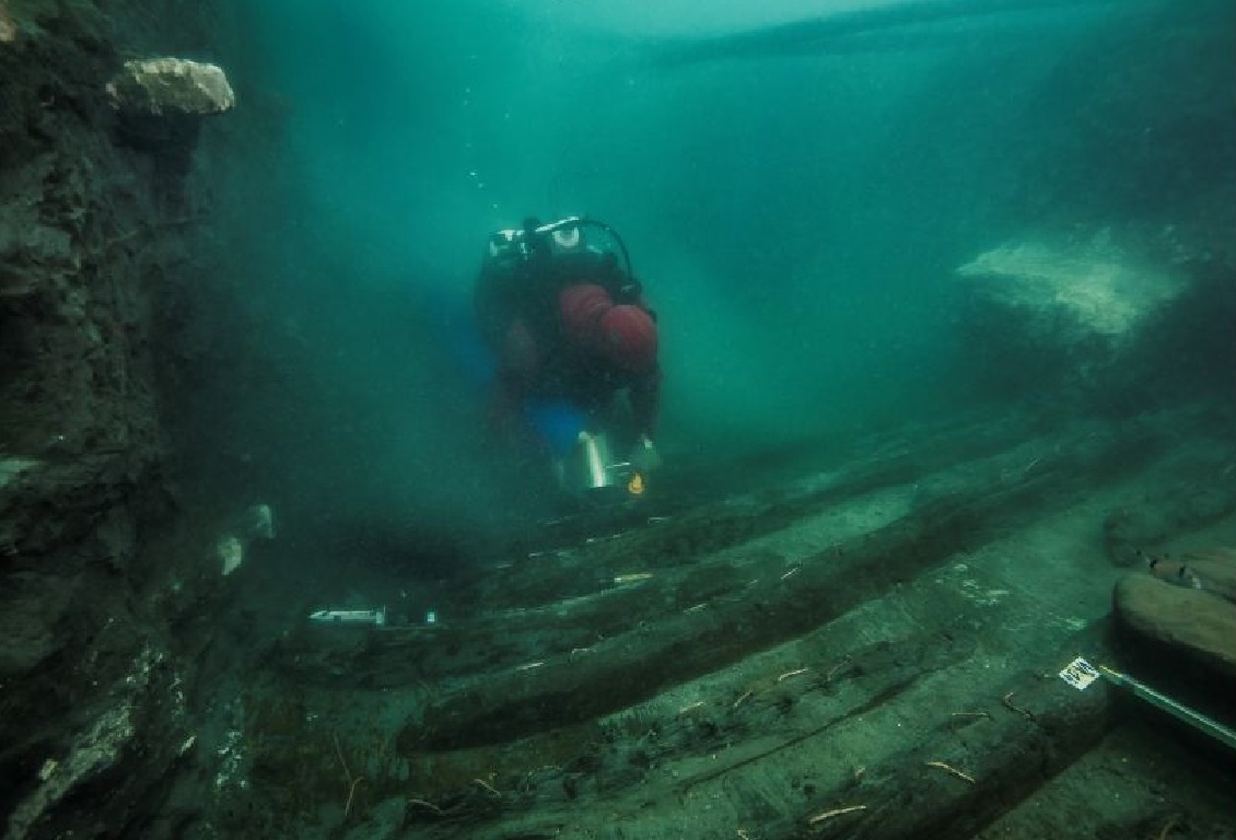 The ancient-Egyptian fast galley laying on the bottom of the sea.