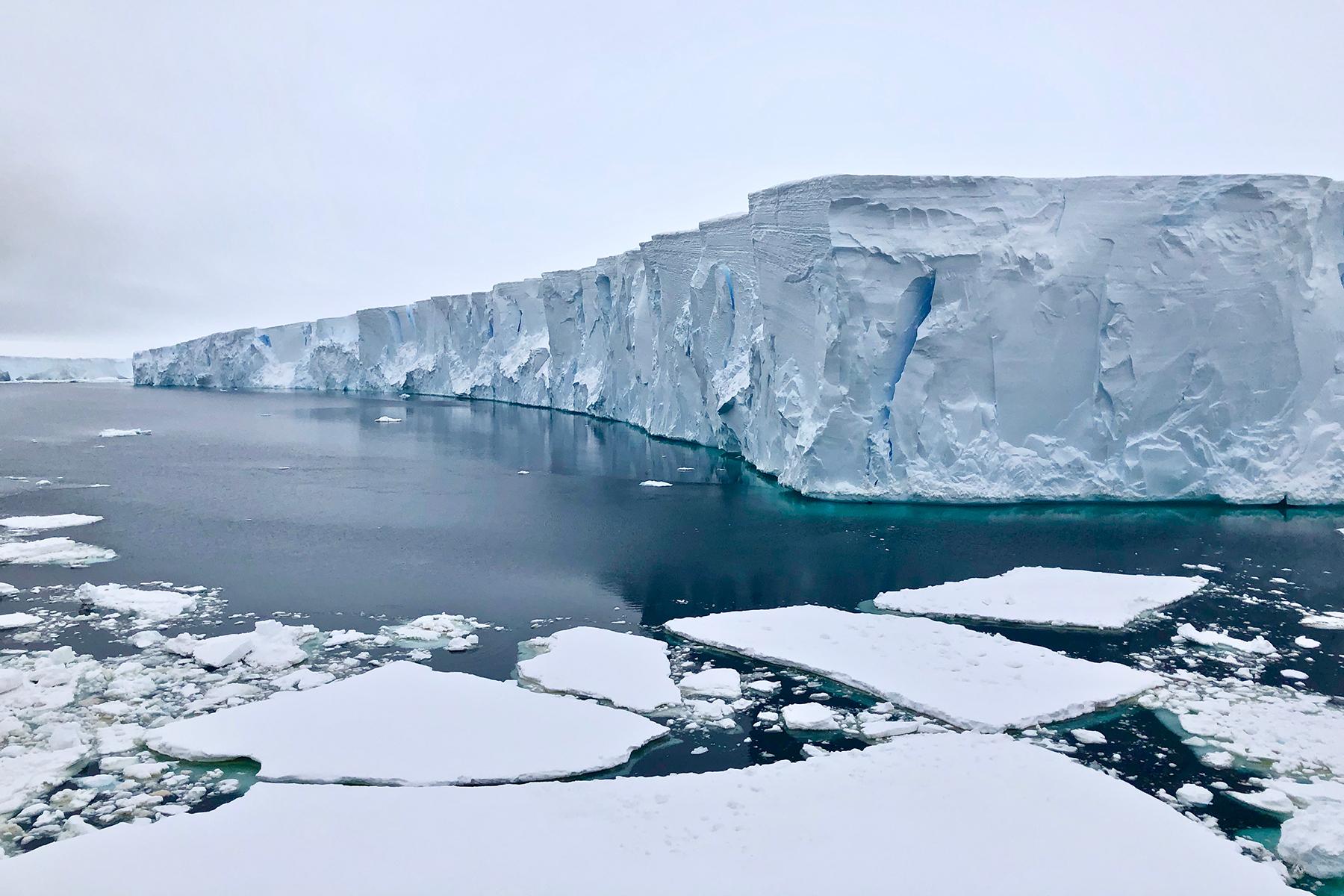 Doomsday Glacier, West Antarctica