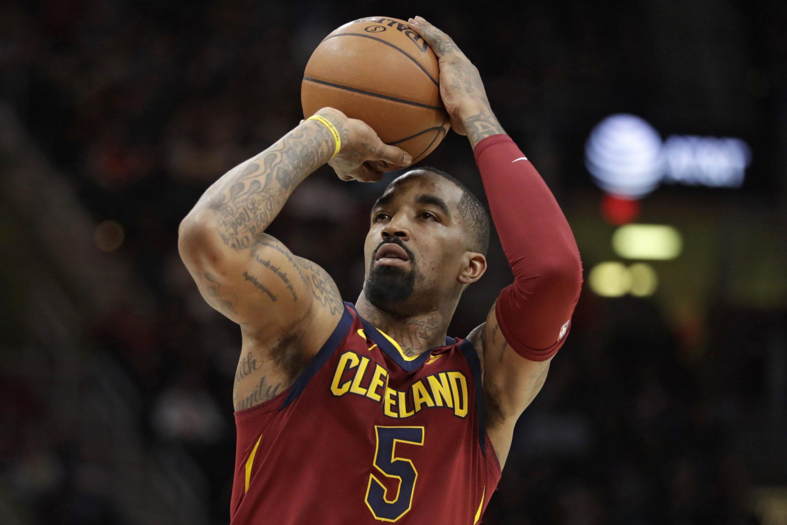 J. R. Smith playing basketball